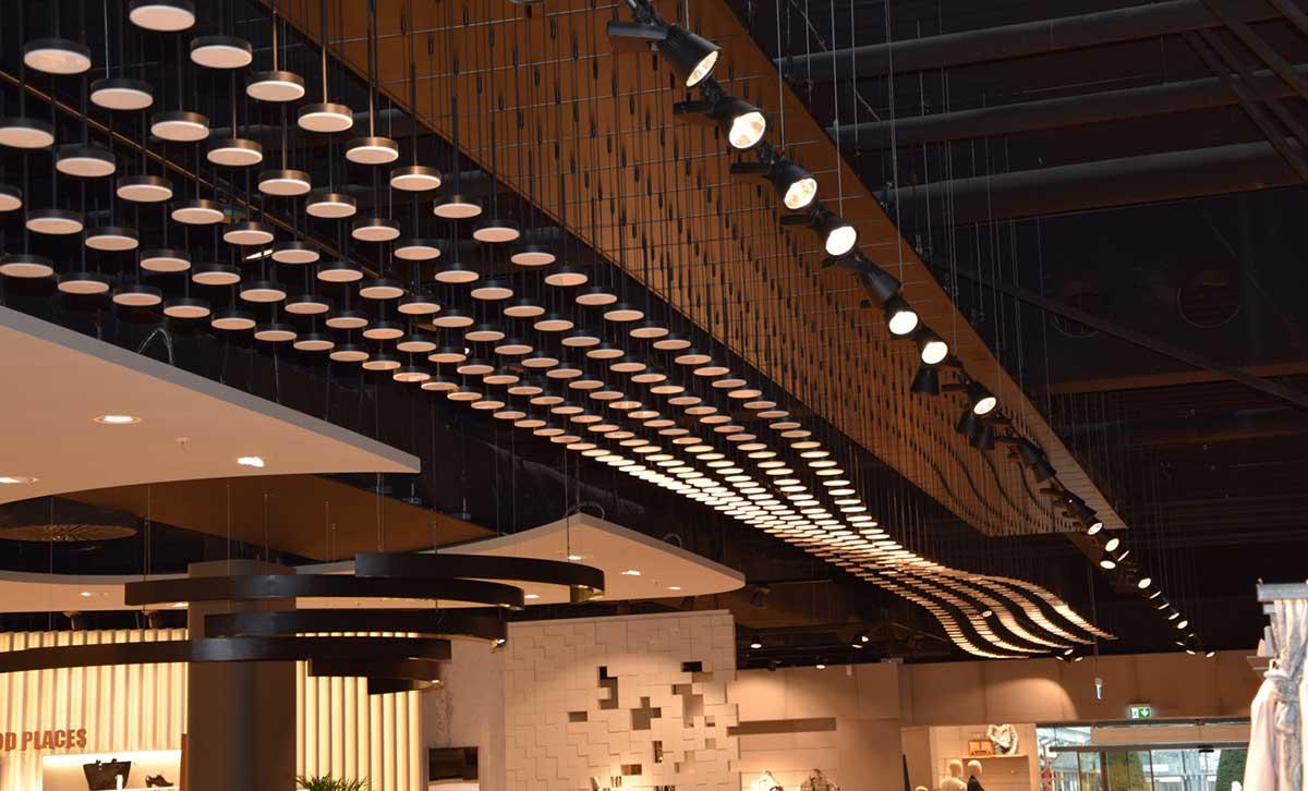 Display + Design Led Leuchten Sonderbau für Buckemaier